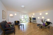 2 bedroom Flat in St. Helens Gardens...