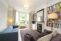 4 bedroom home for sale in Lynton Road...