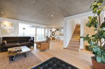 4 bedroom Terraced house for sale in Waldo Road...