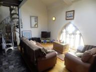 Flat for sale in St Georges Church...