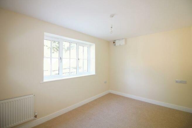 Bedroom 4 / Re...