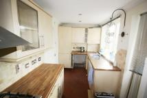 2 bed Terraced property in Groveside Road...