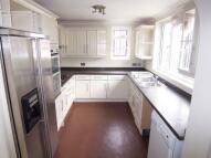6 bedroom semi detached house in Leadale Avenue...