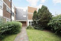 3 bedroom Flat in Stonehill Court, London...