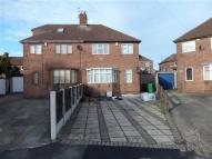 3 bedroom semi detached house in Andover Close, Nottingham