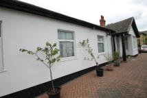 4 bed Bungalow in Thorpe Lea Road...