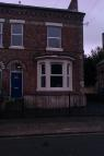 Apartment to rent in Laburnum Grove, Beeston...