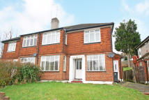 2 bed Apartment in Brighton Road, Purley...