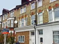 4 bedroom Flat in Tyrrell Road...