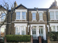 3 bed Terraced house for sale in Harlescott Road, Nunhead...