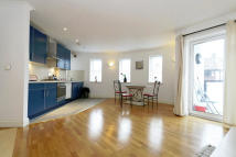 1 bedroom Flat for sale in Chudleigh Road, Brockley...