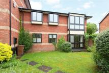 2 bedroom Flat for sale in Windsor House...