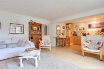 2 bedroom Flat for sale in River Terrace...