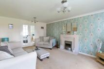 6 bedroom Detached home in 6 Oakwood Park...