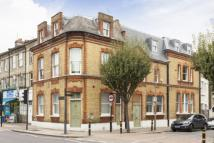 1 bedroom Flat for sale in East Hill, Wandsworth...
