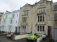 2 bed Flat in Oakfield Road...