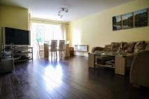 3 bed Flat in St. Davids Square...