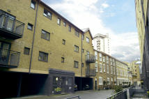 3 bed Flat to rent in Providence Square, London