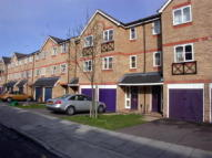 3 bedroom house to rent in Barnsdale Avenue...