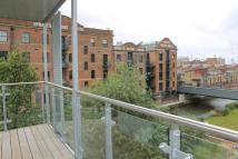 Flat to rent in Caspian Wharf...