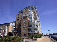 1 bedroom Flat to rent in St. Davids Square...