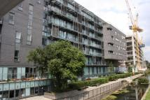 Flat to rent in Lascar Wharf...