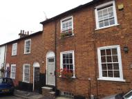 Queen Street Terraced property to rent