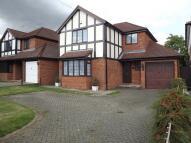 3 bedroom Detached property to rent in Laburnum Grove, St Albans