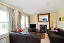 2 bed Flat in The Broadway, Barnes...