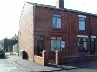 2 bedroom End of Terrace property to rent in Pocket Nook Lane, Lowton...