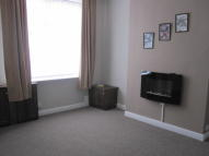 2 bed Terraced house in 80 Manchester Road...