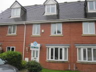 Town House in Crompton Way, Lowton, WA3
