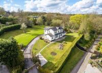 4 bedroom Detached house for sale in Bank House, Thornhill...