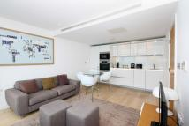 2 bedroom Apartment in Winston Way, Ilford...