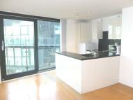 Studio flat in Tower Bridge Road...