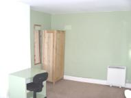 Apartment to rent in Putney High Street...