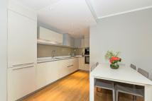 new Apartment in LOWER THAMES STREET...