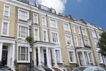 2 bedroom Apartment in Eardley Crescent, London...