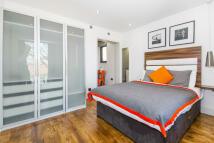 Studio flat to rent in Camden Road, London, N7