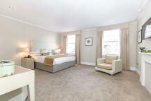 3 bedroom Apartment to rent in William Street, London...