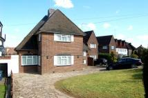 3 bed Detached home in Buckingham Avenue...