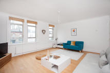 Ballards Lane Flat to rent
