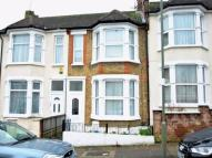 Terraced property to rent in Glebe Road, London, N3