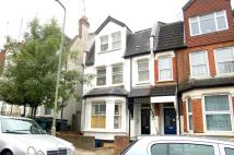 Eversleigh Road Flat to rent