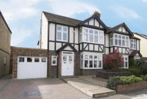 semi detached house to rent in Gerard Road, Barnes