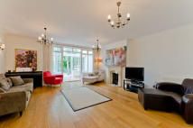 5 bed Terraced property in Suffolk Road, Barnes