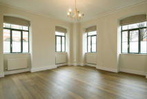 2 bedroom Flat to rent in Charles Harrod Court...