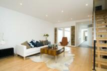 3 bedroom Terraced house in Westfields Avenue, London