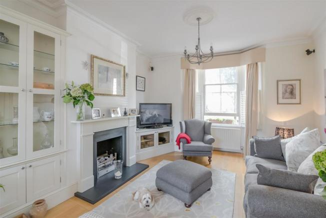 Front sitting room -