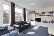 Flat for sale in Roehampton High Street...